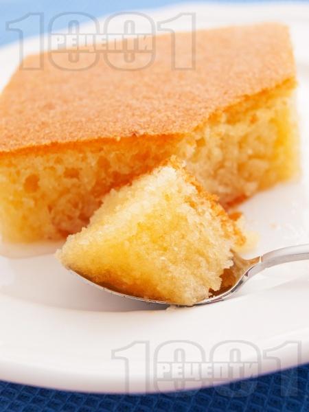 Класически обикновен сочен сладкиш реване със захарен сироп - оригинална рецепта - снимка на рецептата